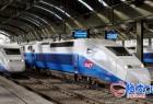 C4D / 3DSMAX / VRay火车铁道火车站台高品质3D模型