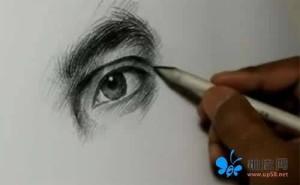 视频-看素描高人怎样做人物眼部的快速表现!